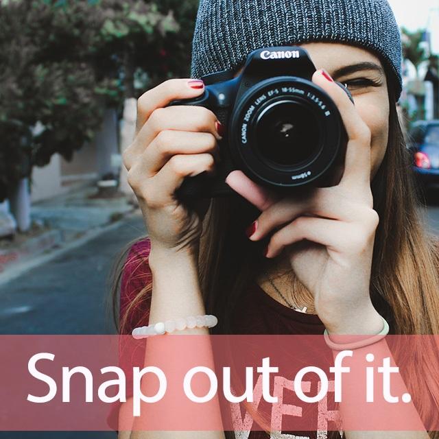 「スナップ」を知ってれば…ゼッタイ話せる英会話→ Snap out of it.